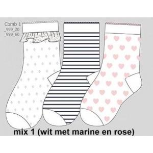 Baby sokjes met kantboord, streepjes en hartjes